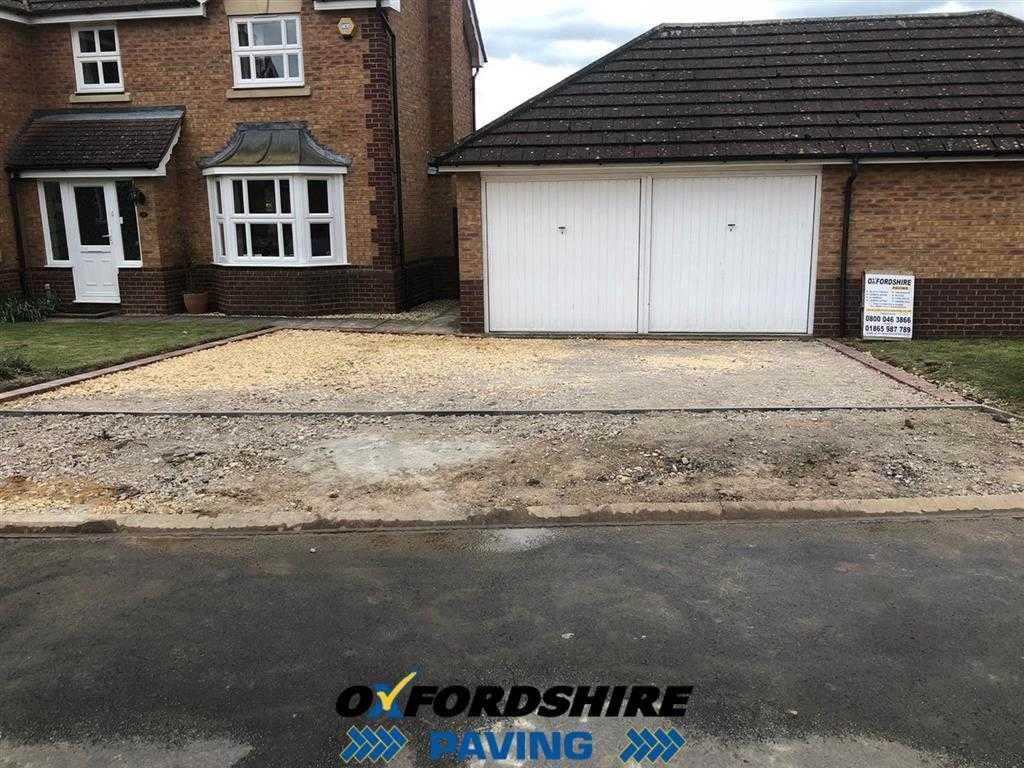 Preparing A Tarmac Driveway in Oxfordshire