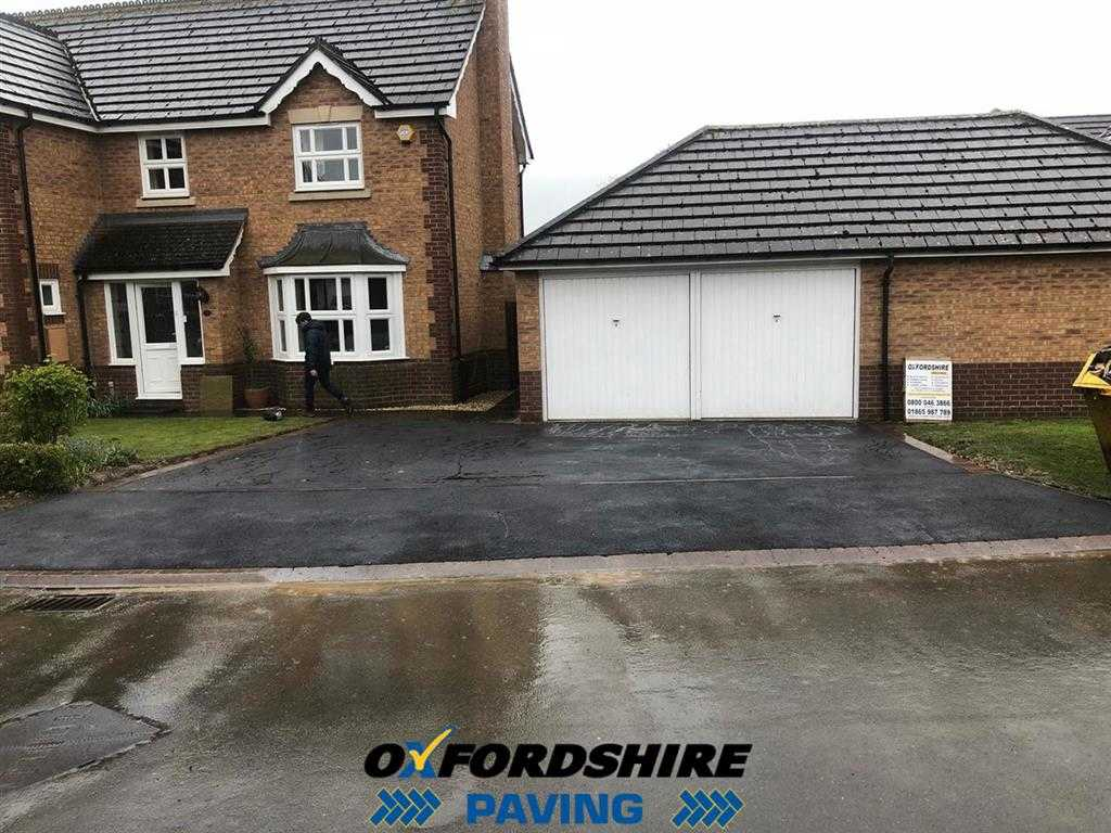 New Tarmac Driveway Laid In Oxfordshire