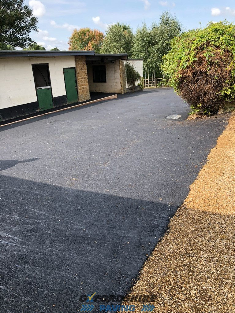 Tarmac Installation at Stables, Oxfordshire
