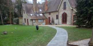Garden Pathway in Bicester