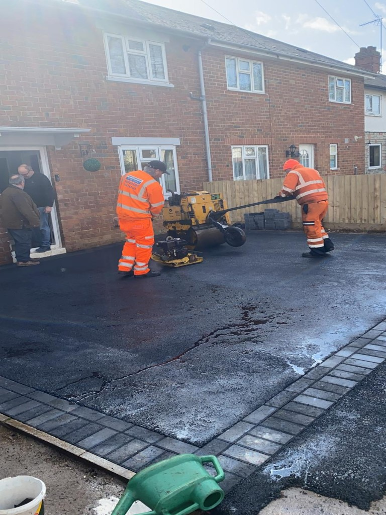 Tarmac Driveway with Block Paving Edges in Banbury