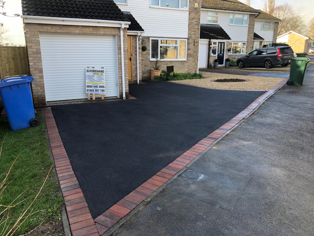 Tarmac and Gravel Driveway in Kidlington, Oxford