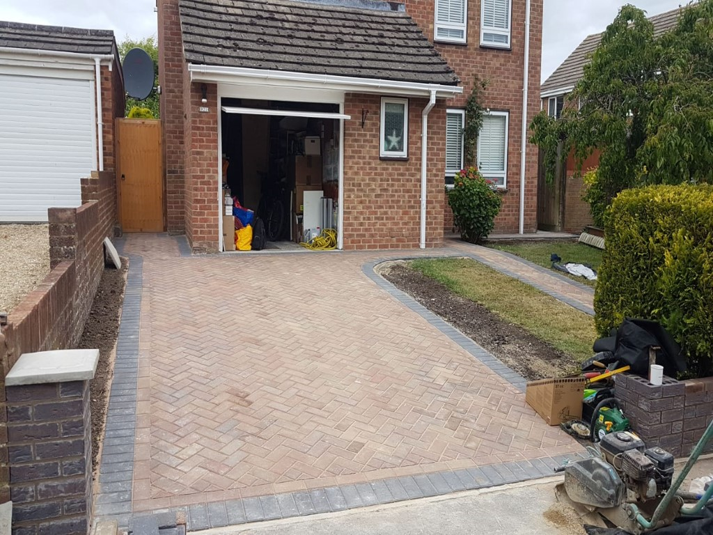 Block Paving Driveway with a Footpath in Banbury