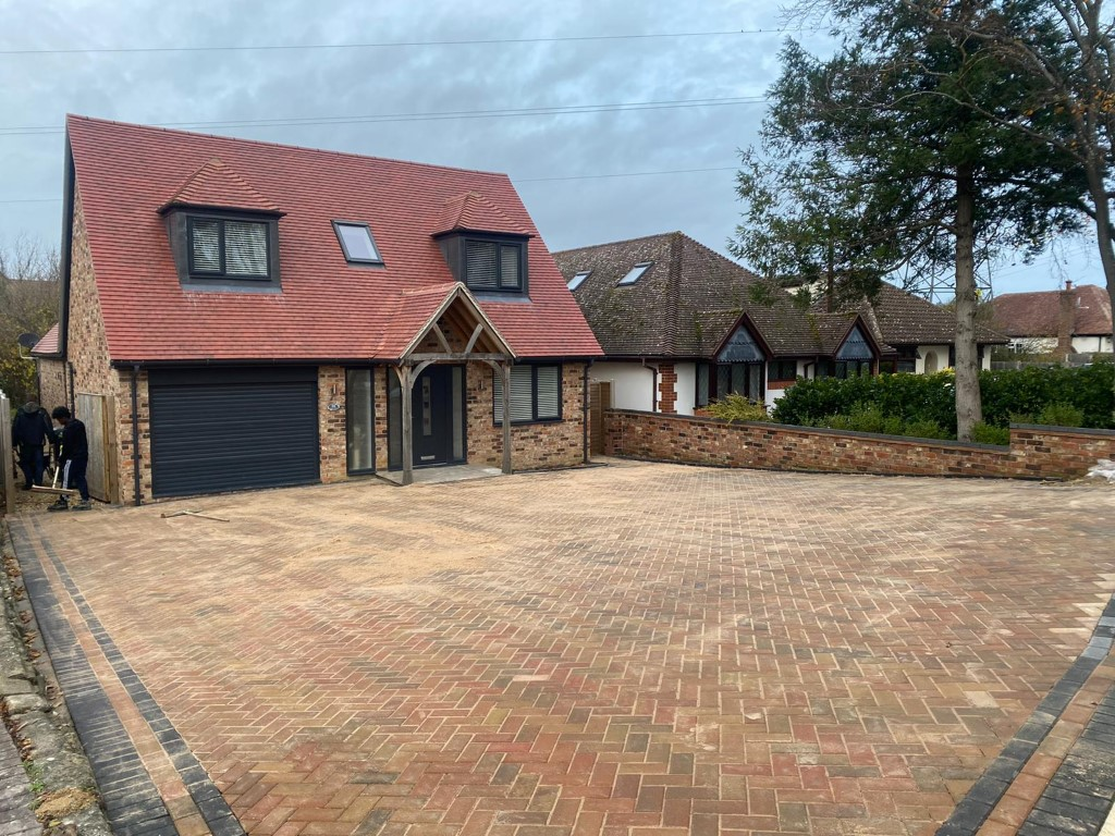 Examples of Recent Block Paving Driveways Throughout Oxfordshire