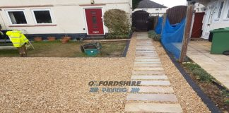 Gravel Driveway with Indian Sandstone Stepping Stones in Cowley, Oxfordshire
